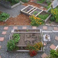 Delavnica Lahko bi delovali tudi…na vrtu!